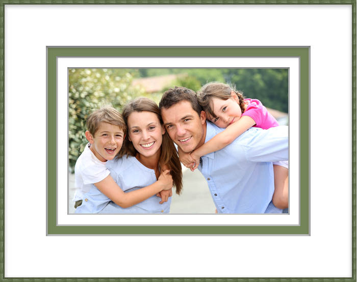 2b-bigstock-Portrait-of-happy-family-with-48536213